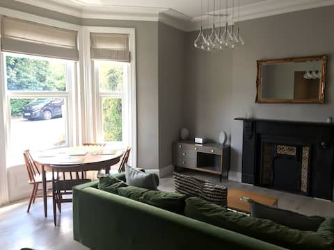 Stunning 2 bed apt mins from Bournemouth beaches