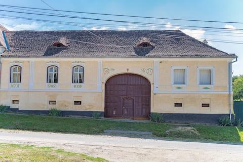 Alma Vii 103A Saxon Guesthouse