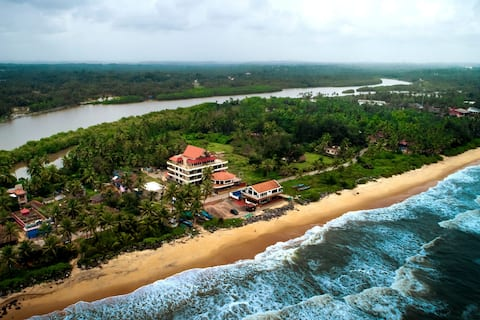 Sharvari-Lovely Beach House/Service Apt./home stay
