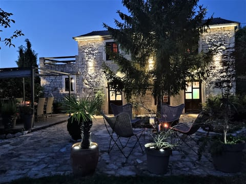 Stone house Ana