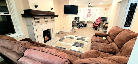 Fully Renovated Spacious 3BR House + Free Parking