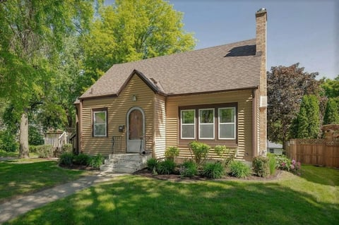St. Paul Casita - 4 Bedroom Close to Downtown