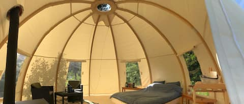 ROMANTIC GLAMPING NIGHT IN A WIGWAM, LAKE VIEW