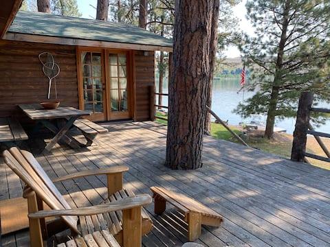 Rustic Modern Cabin on Wallowa Lake