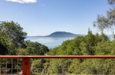 Lakeview and Mount Konocti, 1 Bedroom in Nice, Ca.