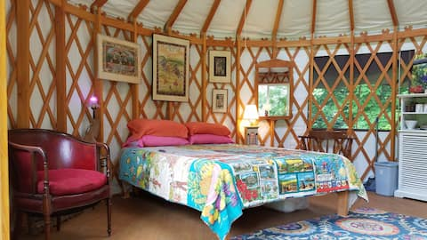 """Phoenicia """"Dome away from Home"""" - A Comfy Yurt"""