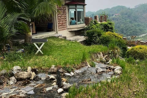 Dhanda Riverview Cottage-A villa in the mountains