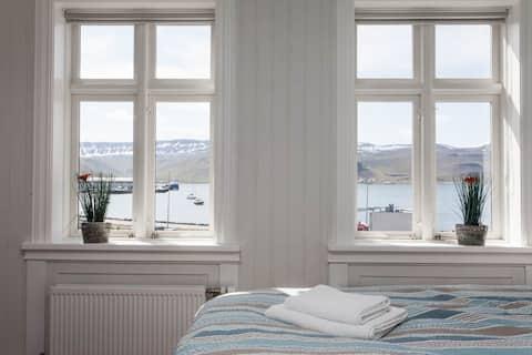 Beautiful apartment in down town Ísafjörður