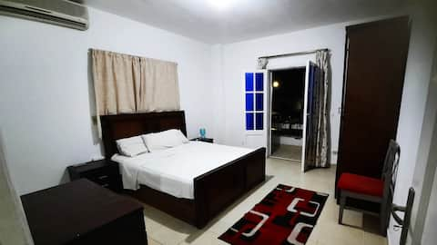 Lovely ensuite room in spacious apartment.