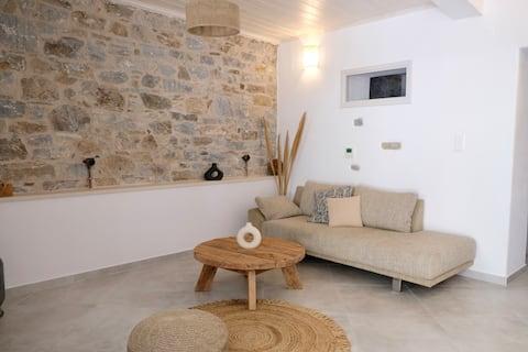 Thalami, an authentic Ikarian apartment near beach