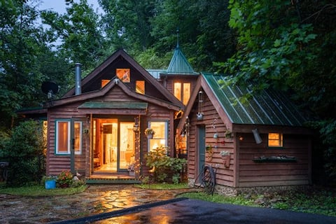Storybook on the Hill- Four Acres of Serenity