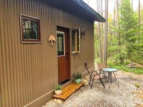 Private guest suite outside Glacier National Park