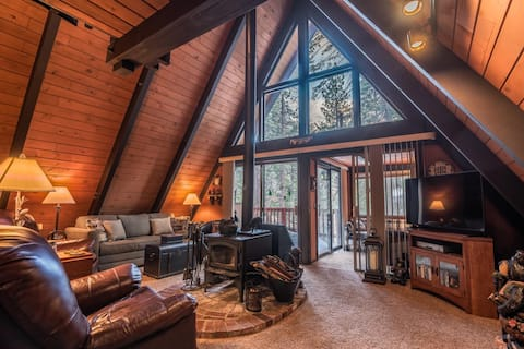 Cozy A-Frame Cabin in the forest