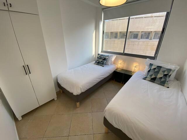 חדר שינה 2  מיטות