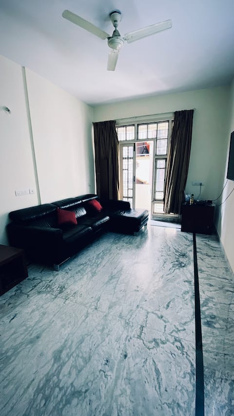 Luxurious 2 bedroom suite in the heart of the city