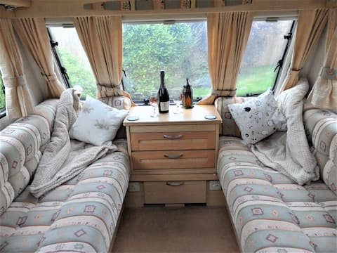 Come and stay in Y Ffau, a gorgeous little caravan