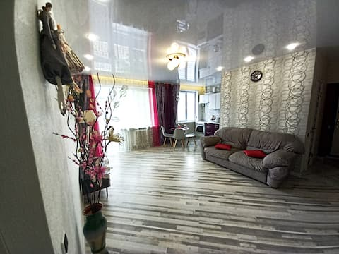 3 Room Luxuru Apartments