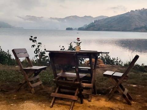 CIPRES-Cabaña Los Pinos, a orillas del lago Corani