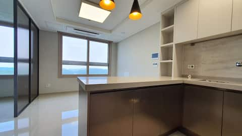 New Officetel with Free Parking for Long Term Stay