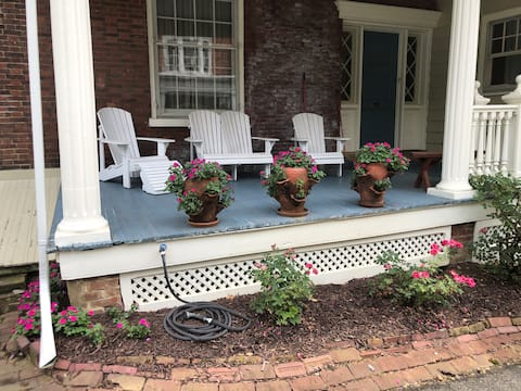 Mansions of Mineral Spring Large 1 bedroom w/patio