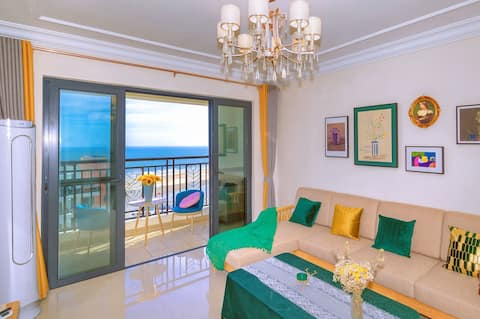(七月海尚北欧梦境)大三房近银滩、侨港、冠头岭、楼下就是海滩,免费赶海挖螺。