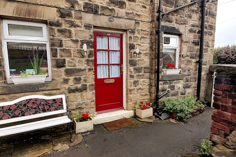 Charming one bedroomed self contained cottage
