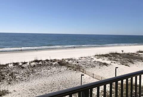 Beachfront-Amazing Views-Great Location