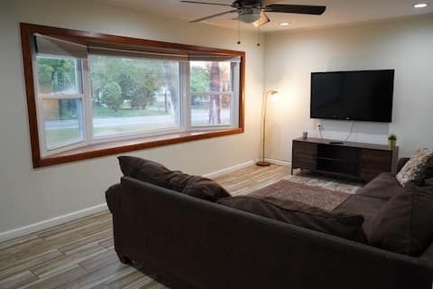 Cheerful and Spacious 3 Bedroom House
