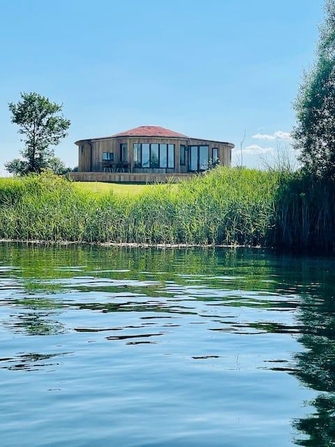 The Angel -  Luxury Lakeside Lodge