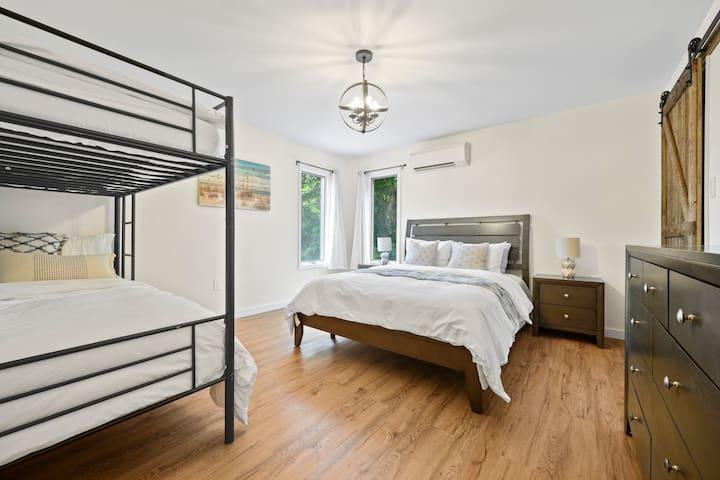 First floor bedroom sleeps 4 people