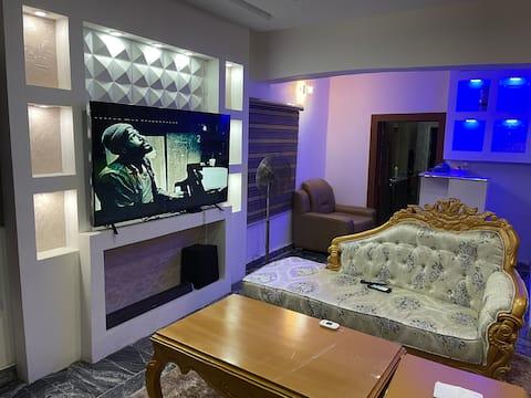 Elegant private villa, 24/7 power, security, AC,