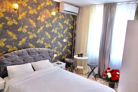 """Garsoniera in regim hotelier """"Intim Room"""""""