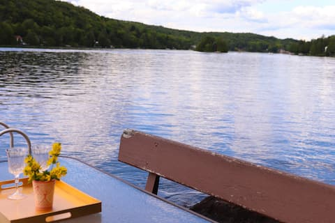The Baba Cottage on the Lake - Newly available!