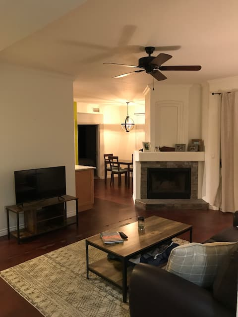 Perfectly located condo just south of  Old Town