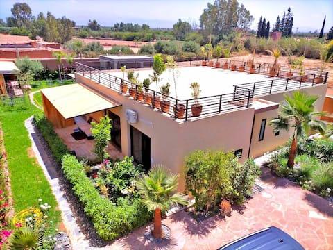 Villa & «SuiteTour» en exclusivité - ALAKASA