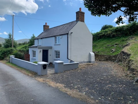 Bobby's Cottage Omeath