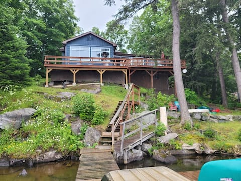 3 Bedroom Cottage with Woodstove