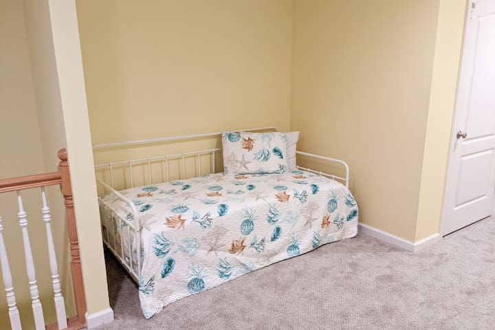 Loft/Living Room 2 nook with twin daybed and twin memory foam pull-out trundle bed