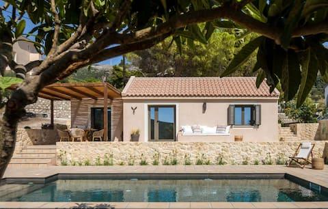 """La baracca""  Privat villa med pool"