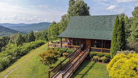 Spectacular Mountain Top Cozy Log Cabin