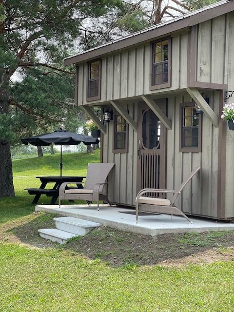 Farmview Sunrise Cabin located at Molinaro Ranch