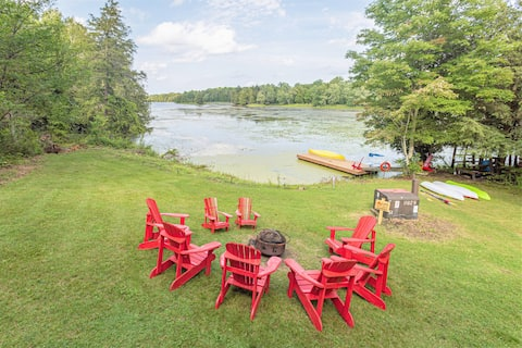 Private paradise retreat on Rideau Lake