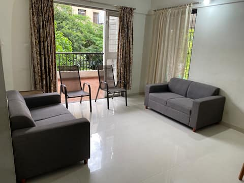 WFH Minimalist 2BHK apartment with WiFi in Baner