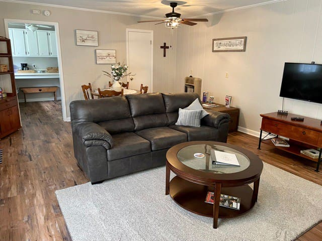 The living/dining room has a new sofa/sleeper where you can enjoy can enjoy Dish tv or Netflix's on the full size tv.