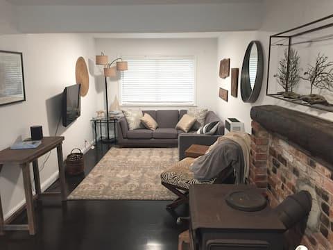 Cozy Coastside 1 bedroom 2 blocks to Beach/Trails