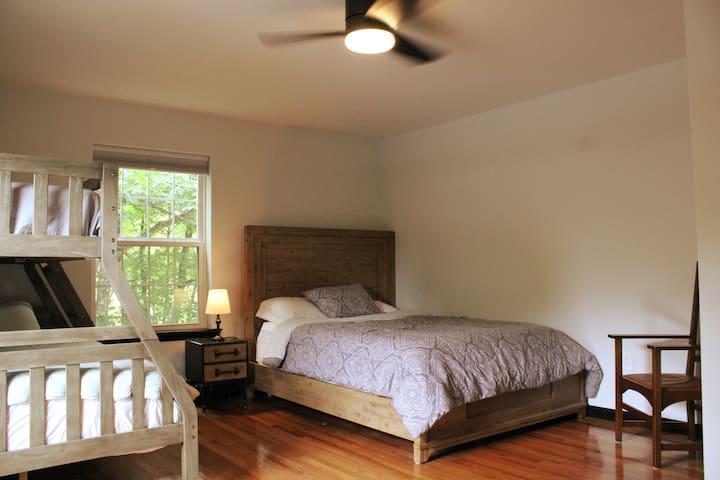 Third Bedroom Queen Bed and Bunk Full/Twin