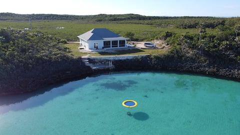 New-Bella Mer a calm, relaxed ocean front getaway