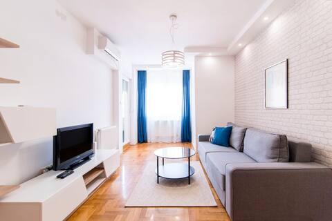 GROVE Apartment /city centre/