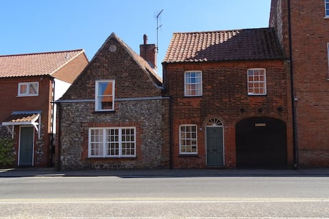 Characterful 3 bedroom cottage