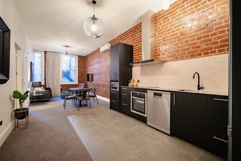 City Heritage Apartment - 1 Bed - 14B Dowling St